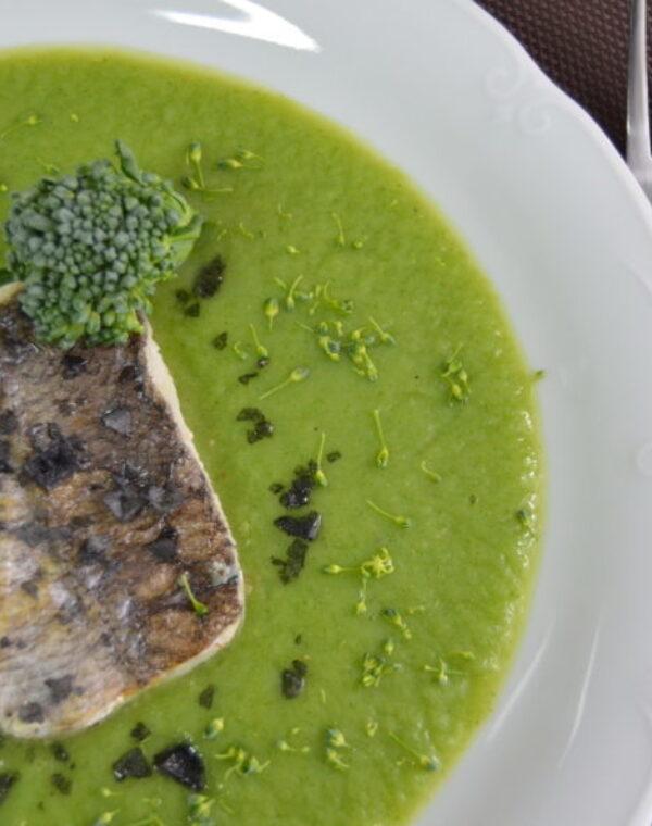 Merluza con salsa Bimi® brócoli