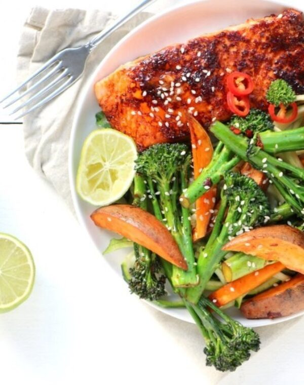Oosterse zalm met Bimi® broccoli en zoete aardappel