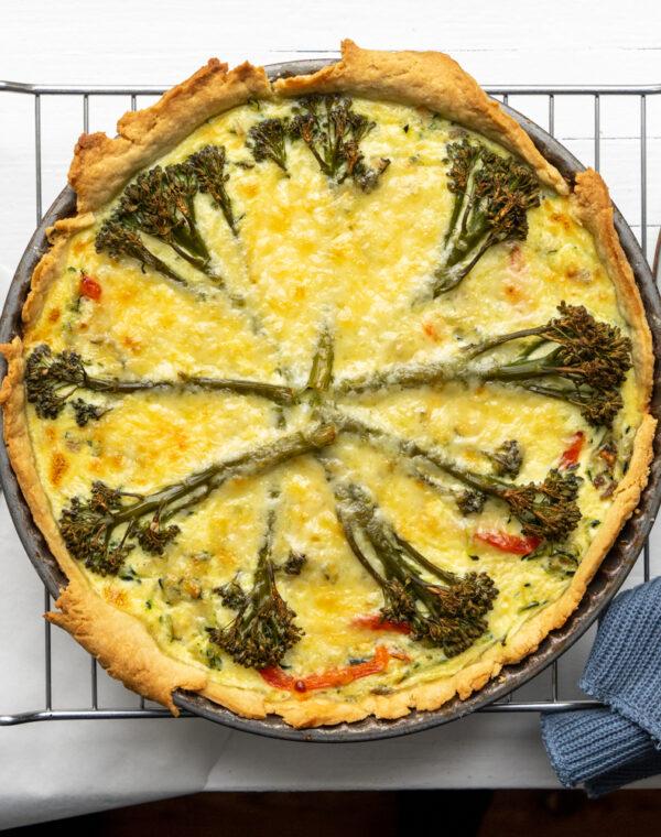 Zucchini-Paprika-Quiche mit Bimi® Brokkoli