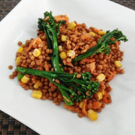 Ensalada de lentejas con Bimi® brócoli