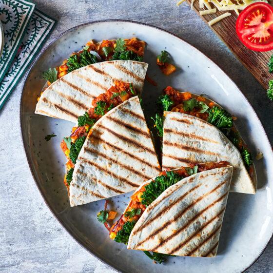 Geroosterde wraps met Bimi® broccoli, Chipotle, maïs en zoete aardappel