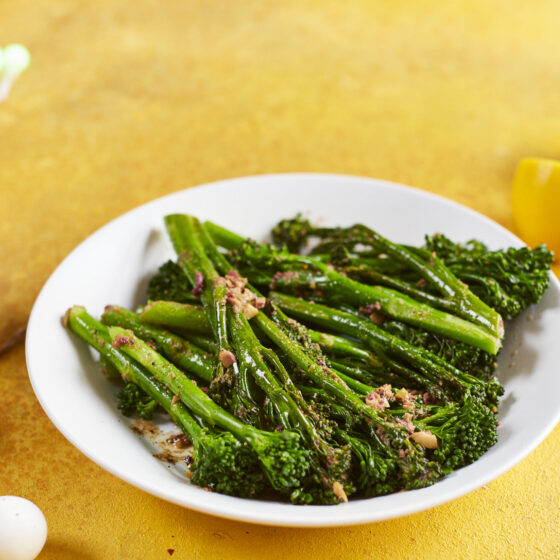 Bimi® brócoli al vapor con mantequilla de oliva
