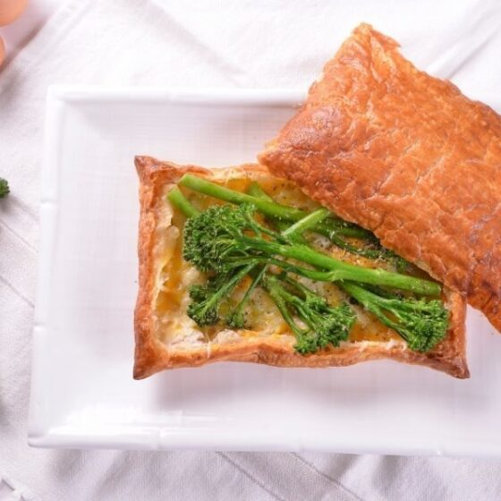 Hojaldre de Bimi® broccoli con quesos