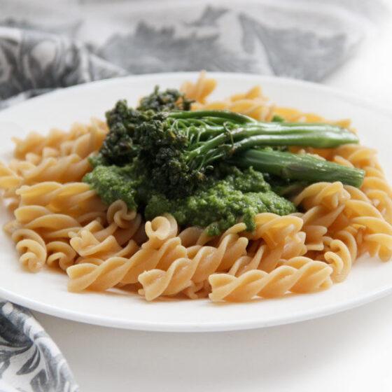 Pasta al pesto con Bimi® brócoli