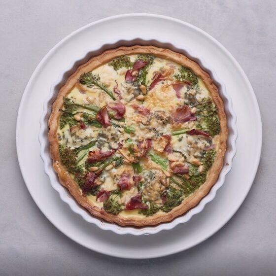 Tarta de Bimi® brócoli , queso stilton y jamón