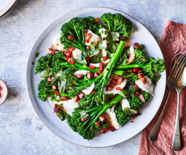 Bacon, mozzarella, basil and Tenderstem® broccoli side dish