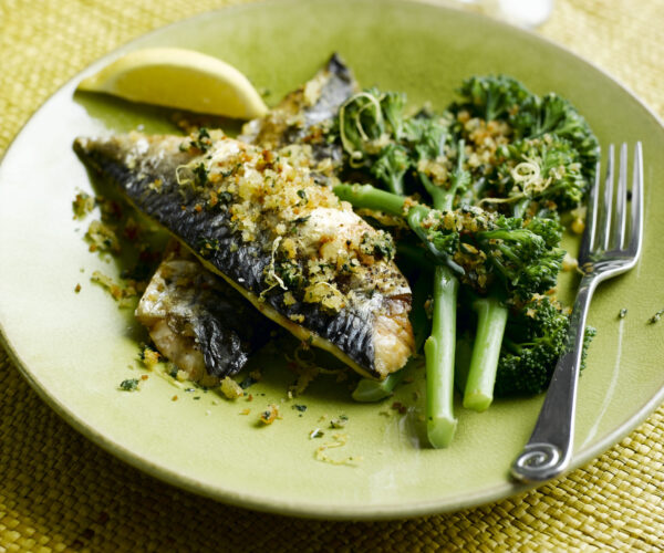 Mustard Grilled Mackerel, Tenderstem® broccoli & Toasted Lemon  & Basil Breadcrumbs