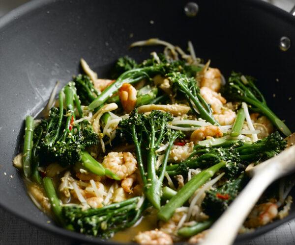 Stir-fried Prawns & Tenderstem® broccoli with Oriental Seasoning