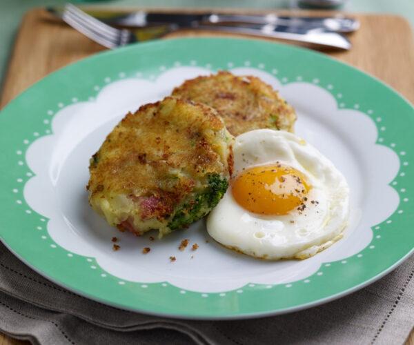 Tenderstem® broccoli Bubble & Squeak with Caramelised Onions, Crispy Bacon & Eggs