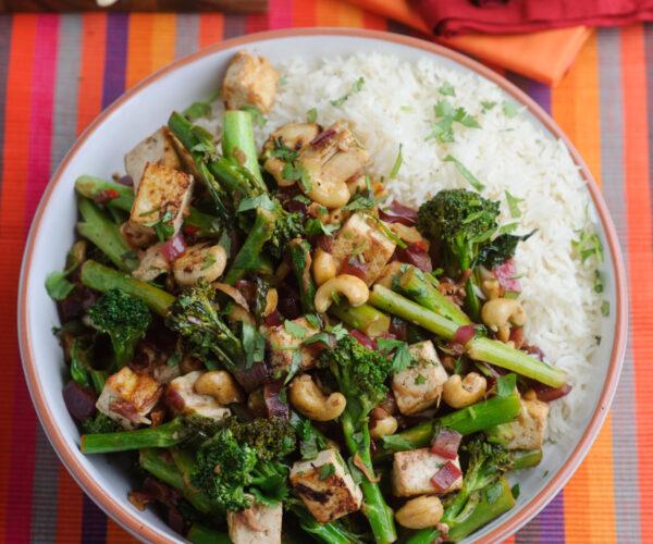 Tenderstem® broccoli Cashew & Tofu Stir-fry