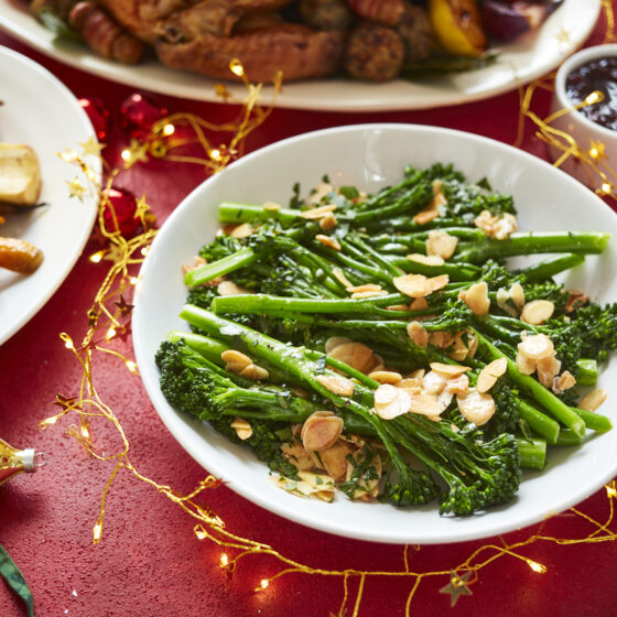 Tenderstem® broccoli with flaked almonds, parsley and lemon butter sauce