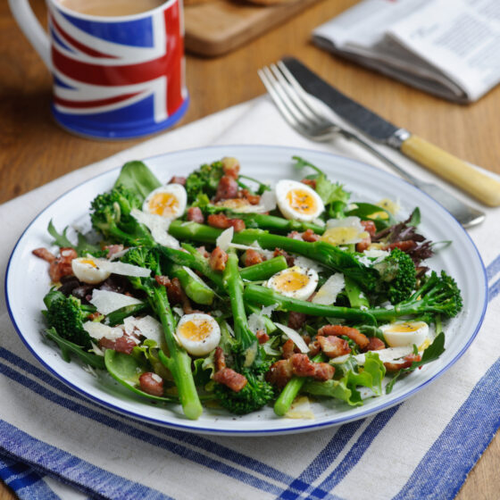 A-warm-salad-of-tenderstem-broccoli-with-quail-eggs-and-bacon