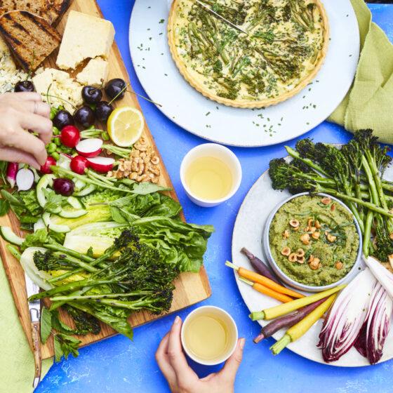 Tenderstem® broccoli, butterbean and herb dip