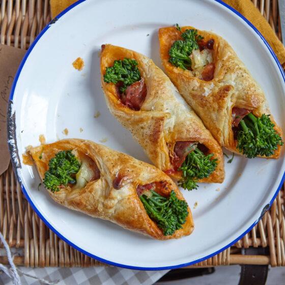 Tenderstem® broccoli Wrapped in Parma Ham, Mozzarella, Sun-dried Tomato & Puff Pastry
