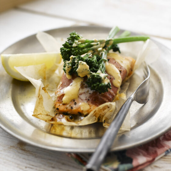 Tenderstem® broccoli & Salmon Parcels with Spicy Moroccan Butter Sauce