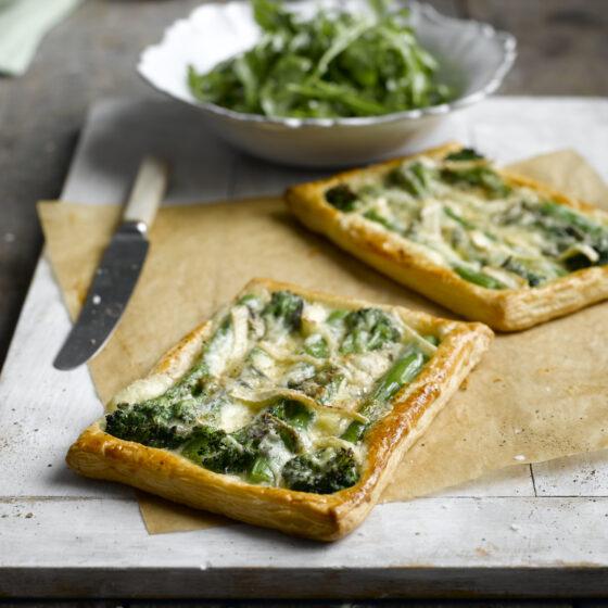 Tenderstem® broccoli & Cambozola Tartlet